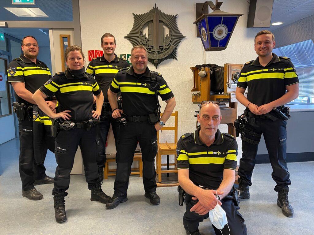 Op de foto zien we de laatste groep OPCOs van het basisteam Kennemerkust uit Zandvoort.